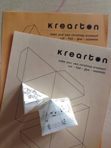 KreARTON_geometrikus_dekoracio_karacsony_cardboard_reuse_design0004